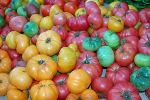 3heirloom-tomatoes.jpg