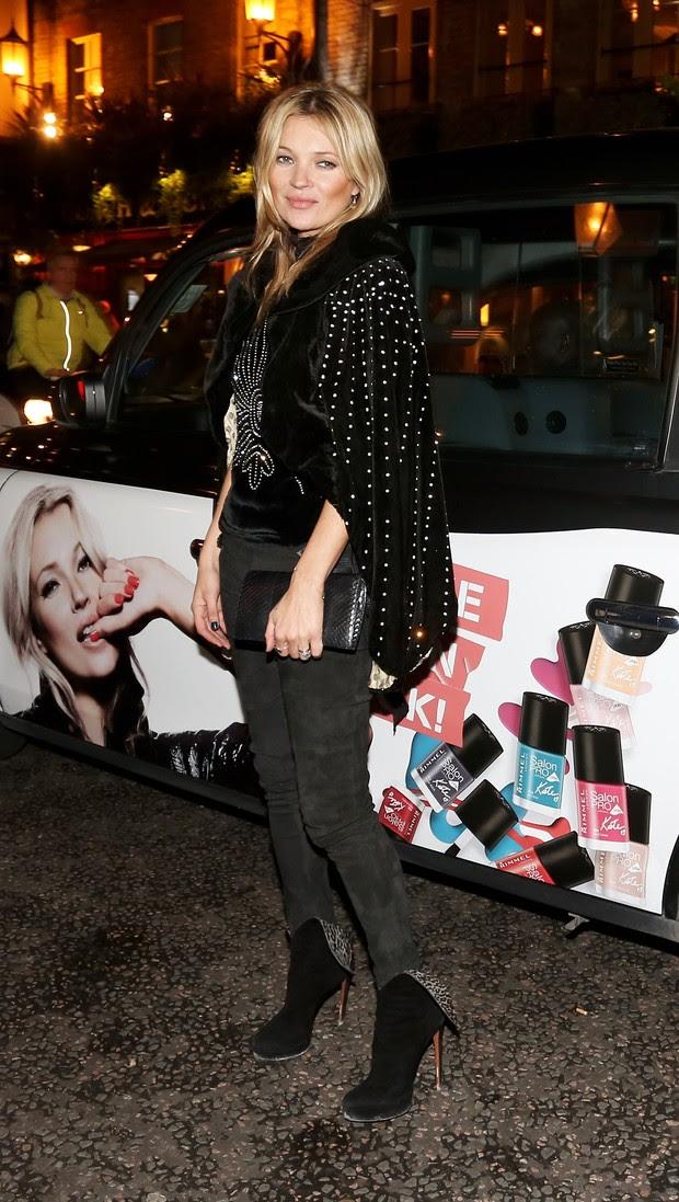 Kate Moss em festa em Londres, na Inglaterra (Foto: David M. Benett/ Getty Images)