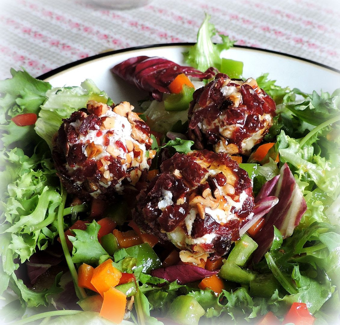 The English Kitchen: Salad with Goats Cheese Truffles and ...