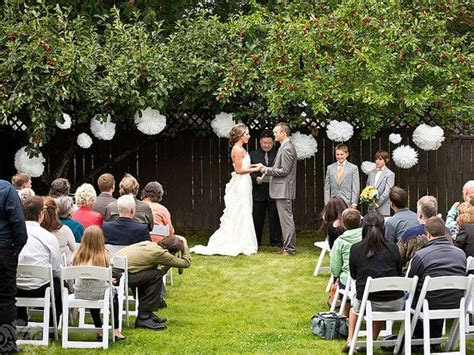 small backyard wedding decoration ideas   Sammi & Jesse's