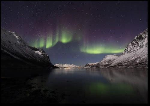 Aurora over Grøtfjord