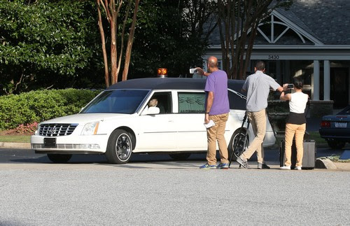 Friends & Family Visits Bobbi Kristina In Hospice Care