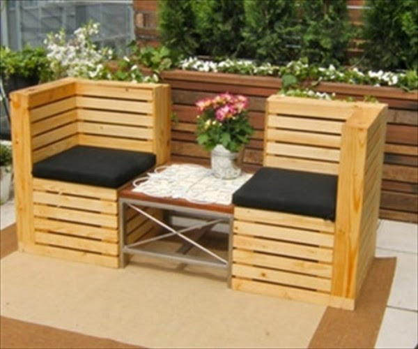 Cute Patio Benches with Wood Pallets | Pallet Ideas