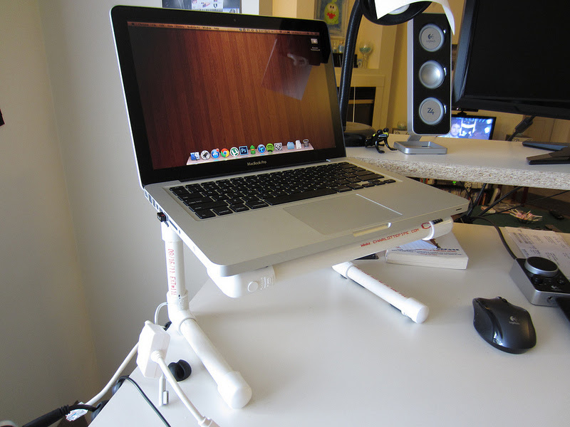 How To Make A Diy Laptop Stand For 8 Techerator
