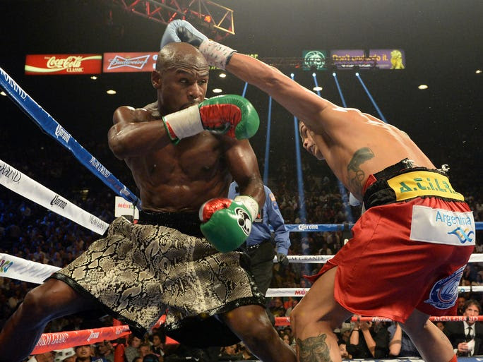The judges scored the fight 116-111, 116-111, 115-112 in favor of Mayweather.