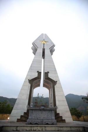 Đài tưởng niệm liệt sĩ Pò Hèn