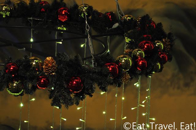 Island Shangri-La: Christmas Decoration