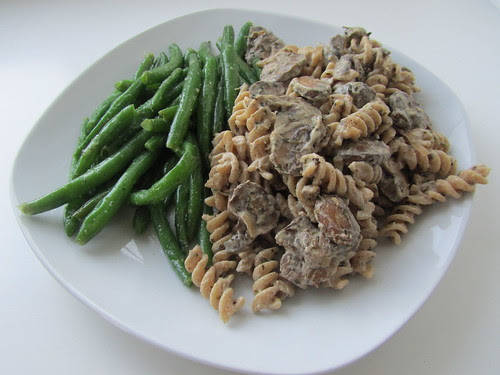 Stroganoff-ish Mushrooms Over Pasta