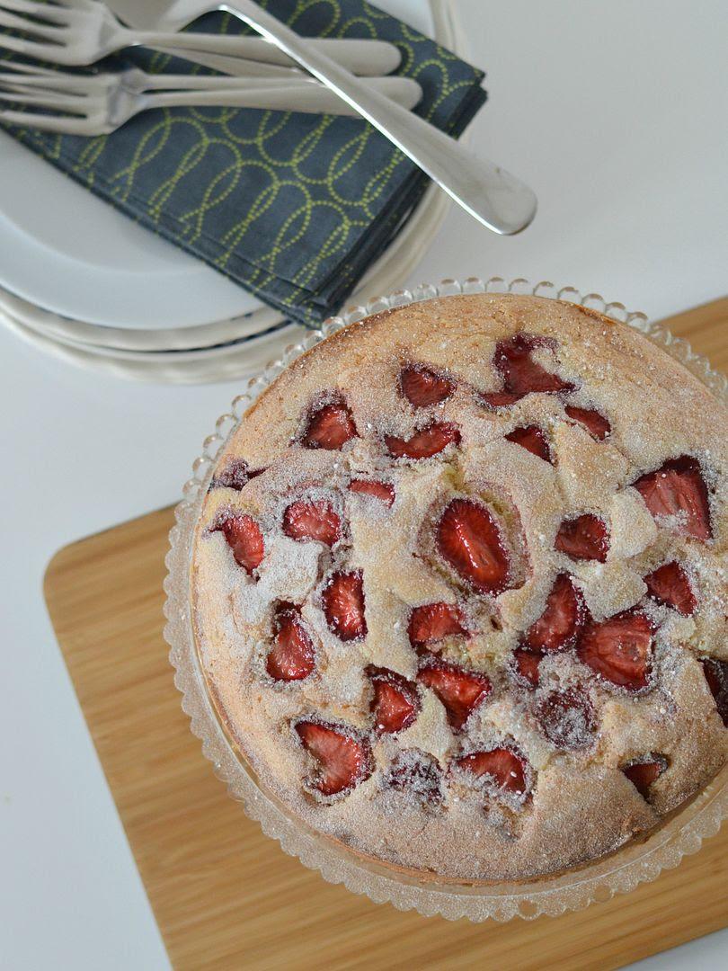 Reduced Sugar Lemon & Strawberry Cake