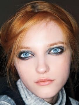 glitter make up in Sweden