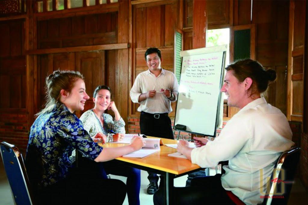 The Bahasa Indonesia untuk Diplomat Program  Wisma Bahasa  Indonesian Language Course