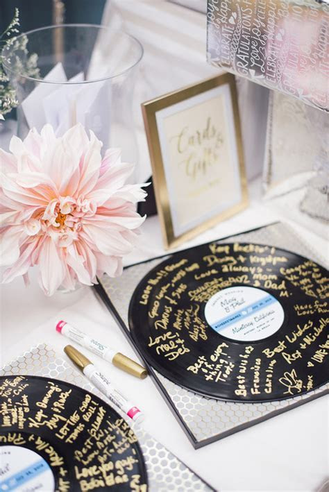 12 Brilliant DIY Wedding Projects   weddingsonline