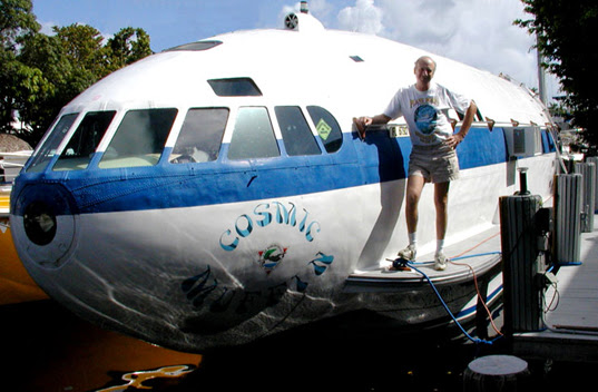 The Cosmic Muffin: A Boat Recycled From Howard Hughes' Plane ...