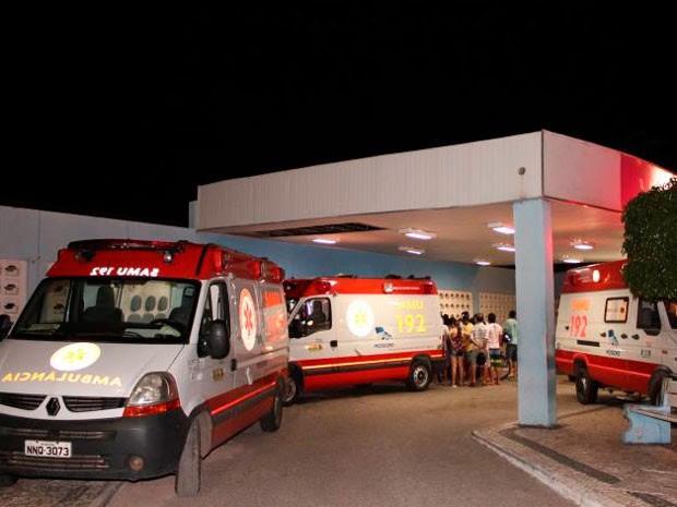 Vìtimas ainda foram socorridas ao hospital, mas não resistiram aos ferimentos (Foto: Marcelino Neto)