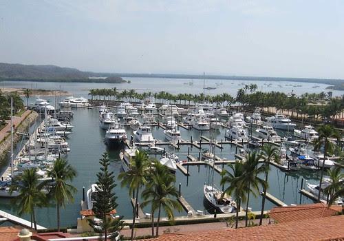 Barra Marina and lagoon anchorage
