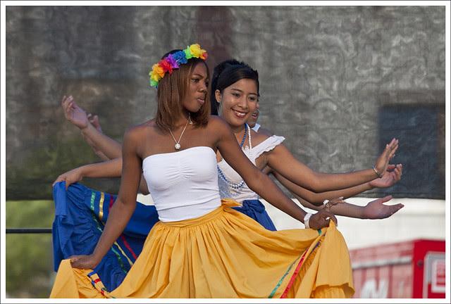 Honduran Dancers 1