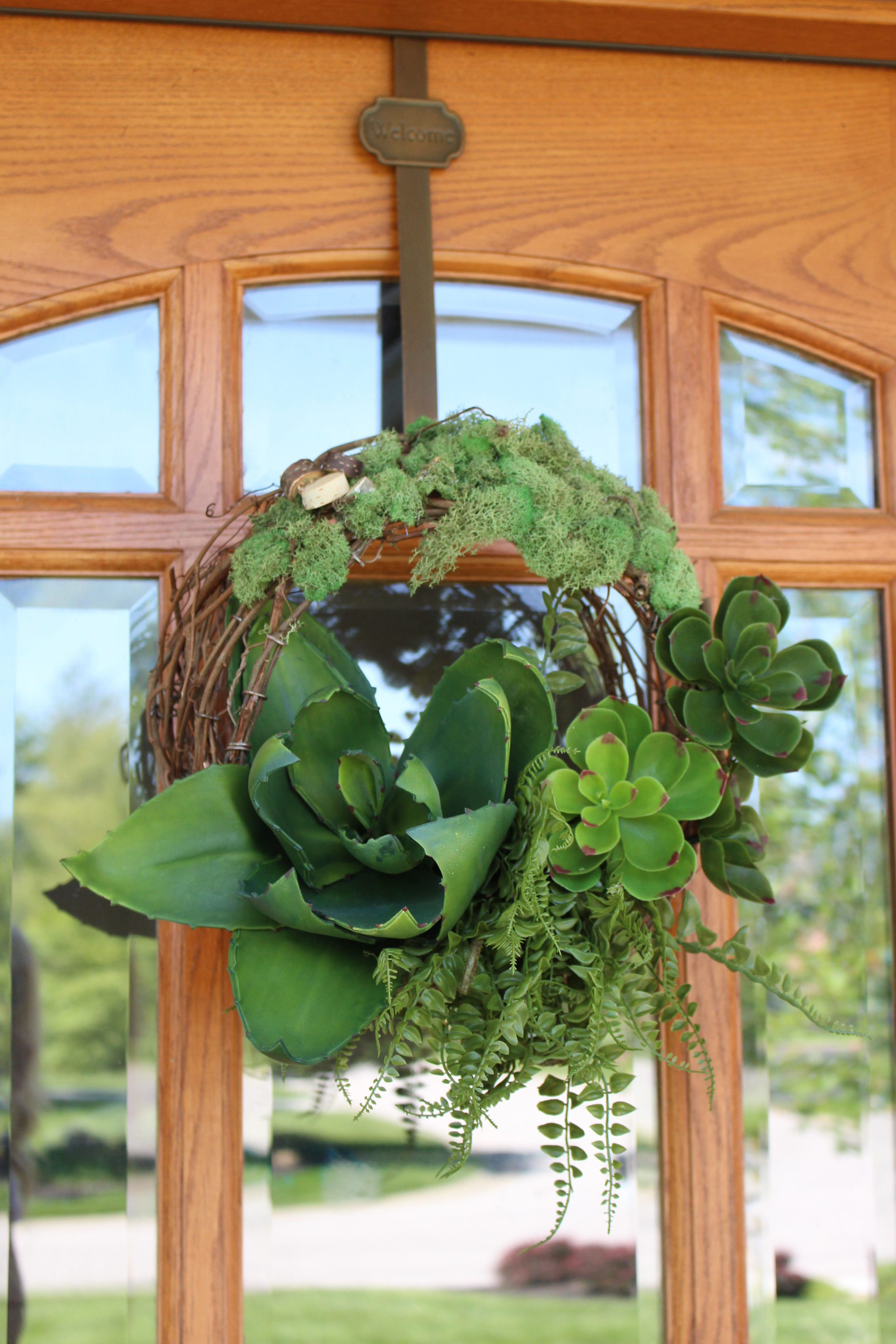 Succulent Door Wreath by www.mylifefromhome.com