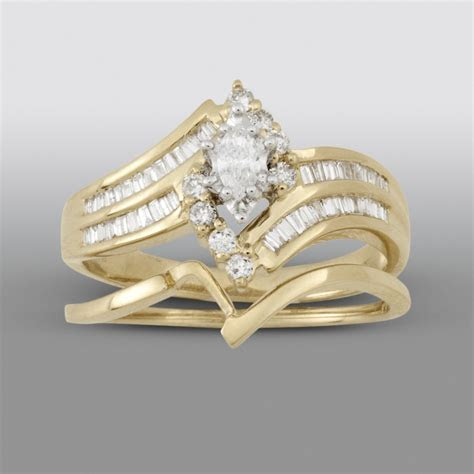 Tradition Diamond 1/2 cttw Marquise Tapered & Round