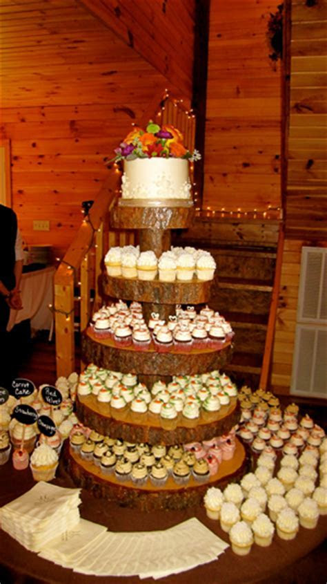 Pointers for a Cupcake Wedding Cake   The Pink Bride