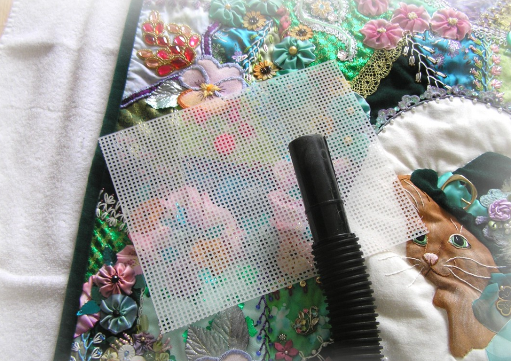 How to Clean Non-Washable Quilts
