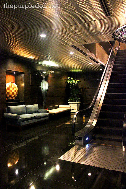 Bellevue Manila Grand Ballroom Wing Escalator