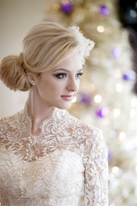 Ivory Long Sleeved Lace Wedding Dress ? Winter Wedding