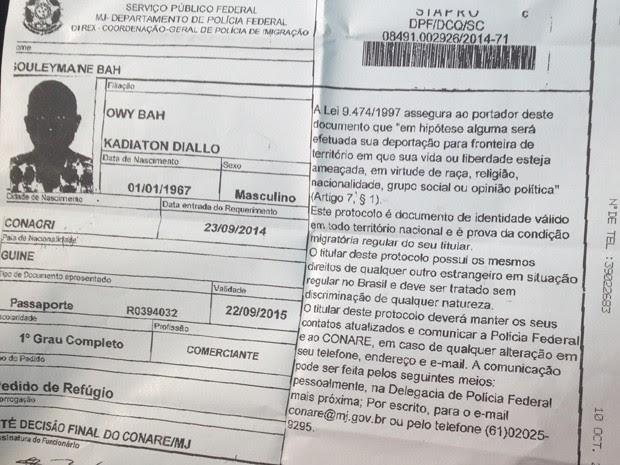 Polícia Federal emitiu documento autorizando a permanência do africano no Brasil até o dia 22 de setembro (Foto: Divulgação)