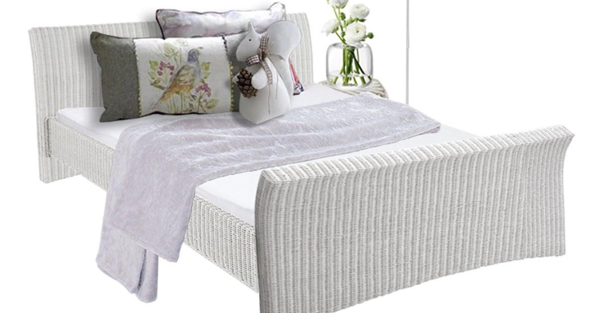 landhaus blog rattanbetten in wei romantische landhausbetten. Black Bedroom Furniture Sets. Home Design Ideas