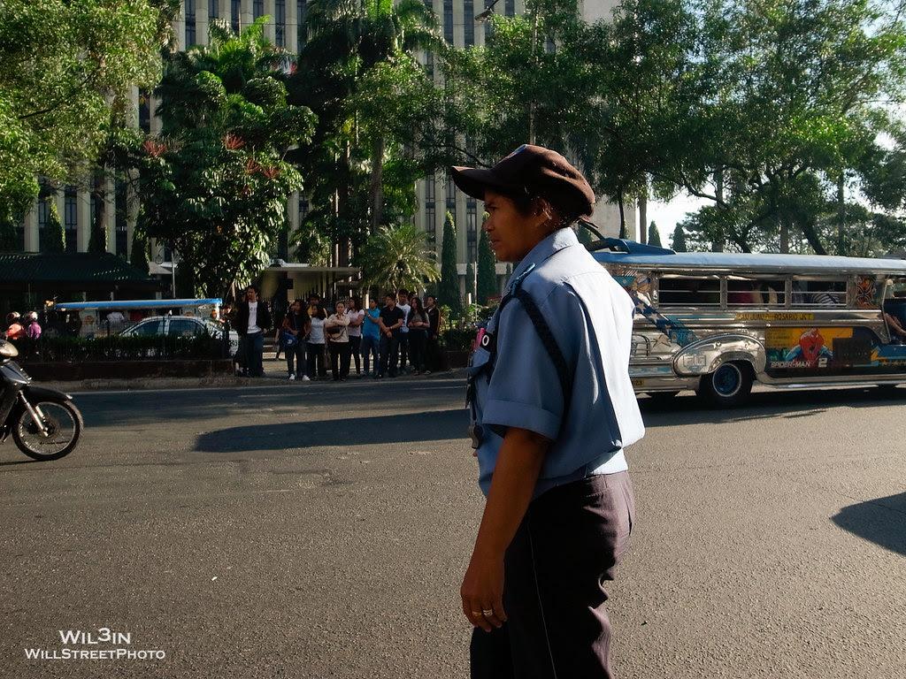 過馬路 Crossing the street