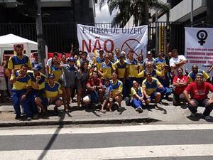 Trabalhadores farão ato em Curitiba na sexta-feira (30) (Foto: Divulgação/SintcomPR)