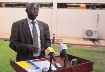General Madut Biar Yel, South Sudan Minister of Telecommunication and Postal Services, takes questions from journalists on September 23,2011 in Juba. (photo by Ngor Garang-ST) by Pan-African News Wire File Photos