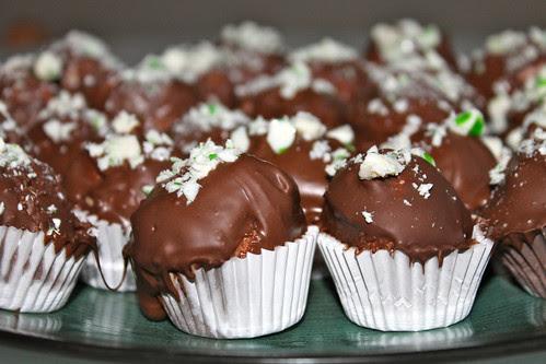 Candy-cane cake ball truffles recipe