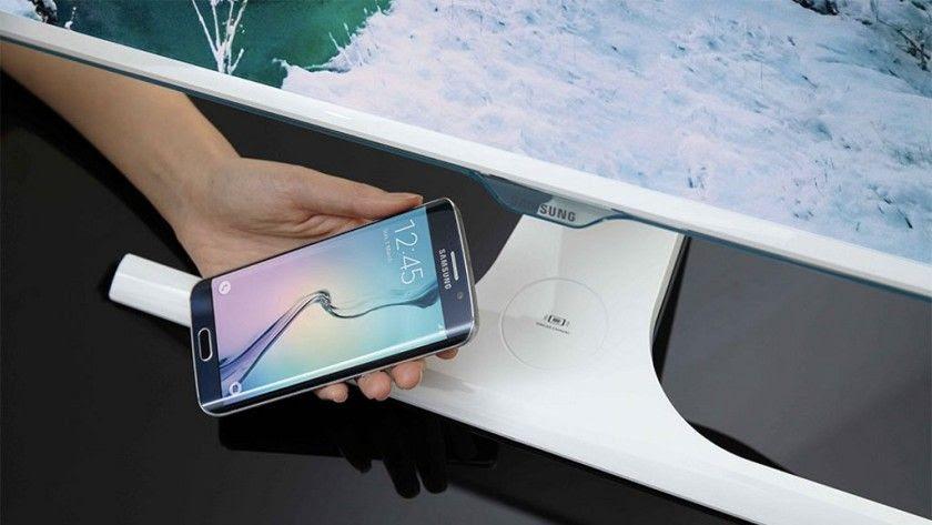 Nuevos monitores de Samsung incorporan cargador inalámbrico