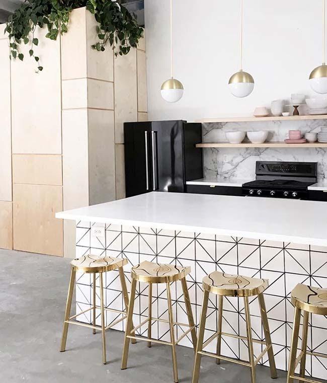 Χρυσό χρώμα: Βάλτε το παντού στο σπίτι