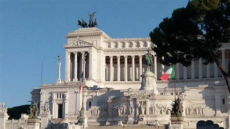 Rome   The Wedding Cake Building   The Altare della Patria