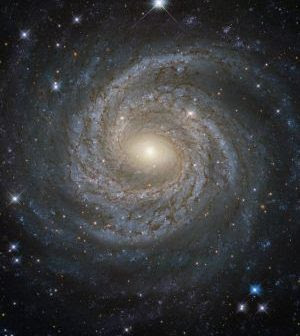 20160819_hubble_friday300x340