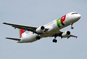 Airbus A321-200. (2010)