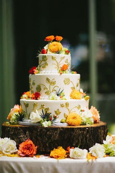Spectacular Fall Wedding Cake Ideas   MODwedding