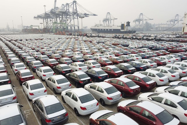 Chinese manufacturing expands in October but at slower pace