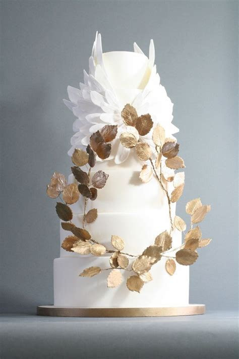 17 Best images about Gold wedding cakes on Pinterest