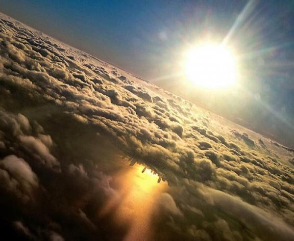 diaforetiko.gr : chicago reflected in lake michigan from an airplane by mark hersch 700x573 600x491 Οι πιο ΕΝΤΥΠΩΣΙΑΚΕΣ φωτογραφίες του 2014! Μαγευτείτε ελεύθερα…