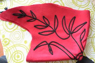 Demi-capuchon en laine avec soutache