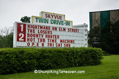 Skyvue Twin Drive-In Theatre, Clark County, Kentucky
