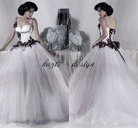 Discount Vintage Black And White Gothic Corset Wedding