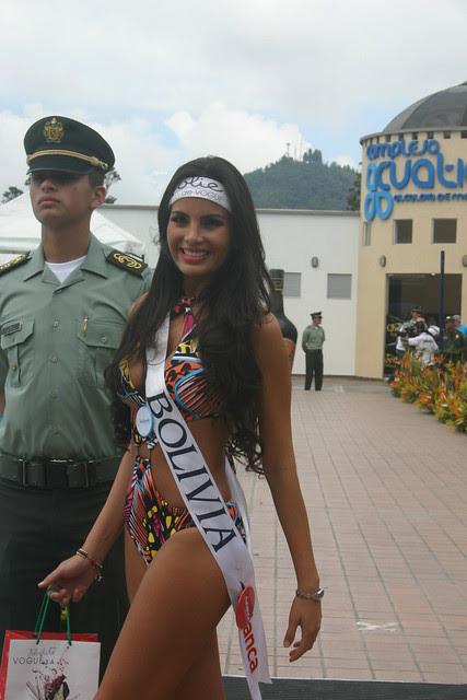 Ximena Vargas en el evento Reina Intenacional del Café 2012