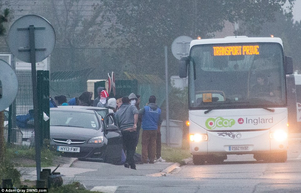 Migrants who refuse to board the buses have been warned they face arrest or deportation