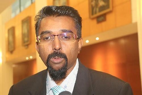 Kerjasama Umno - Pas rapuh di tangan MIC, MCA?