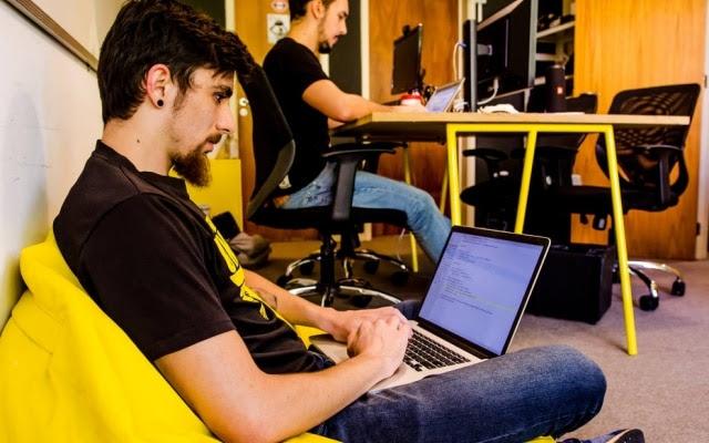 IrioMusskopf, de 23 anos,criou o algoritmo que analisa notas fiscais de deputados, indicando possíveis fraudes