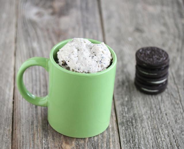 Cookies and Cream Mug Cake - Kirbie's Cravings