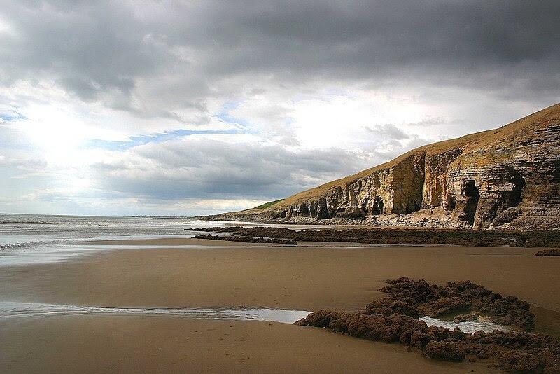 File:Southerndown beach.jpg